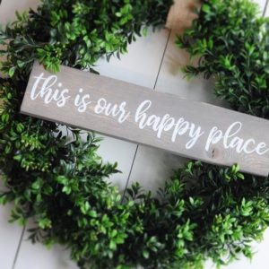 faux wreath, DIY home decor, spring decor, faux boxwood, welcome